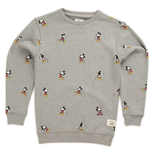 Brands make boys' sweatshirts with a range of features and designs, so you can find ones that accommodate your boy's preferences, sense of style, and habits. Options to consider include pullover, hooded, and zip-up sweatshirts.