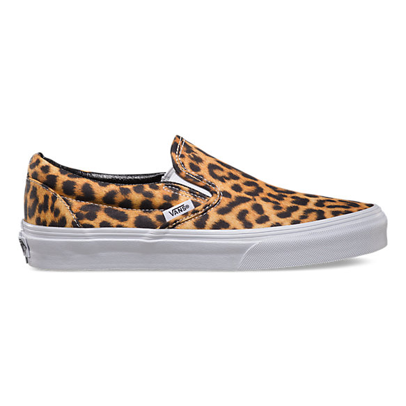 digi leopard slip on shop womens shoes at vans