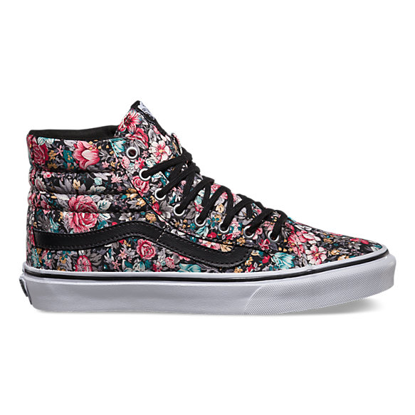 12f3ad970478 VANS WOMENS FALL ZINE