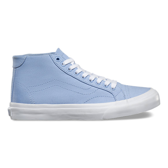 5cb1a0f6fe Canvas Court Mid