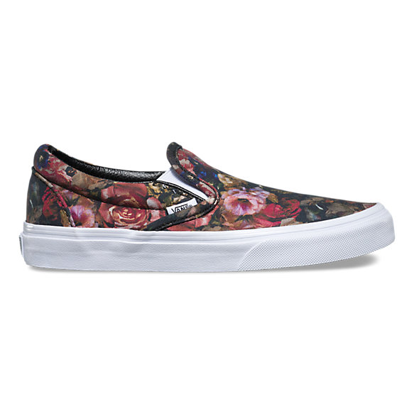 15be6e8f67 Moody Floral Slip-On