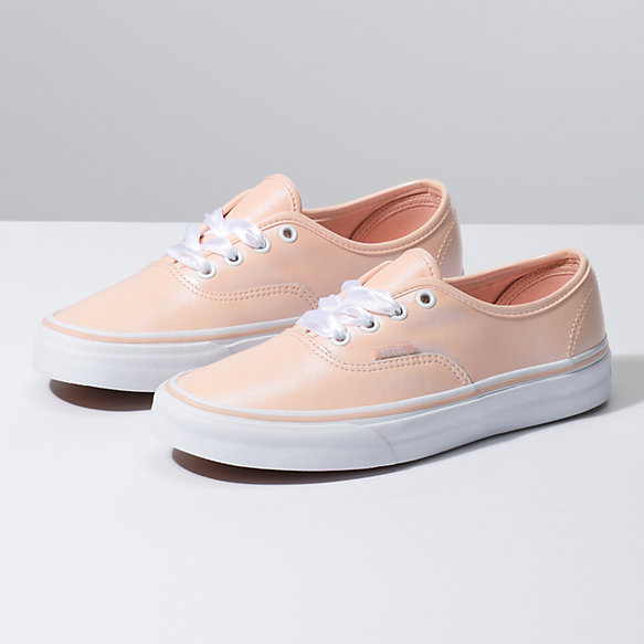 Pearl Suede Authentic