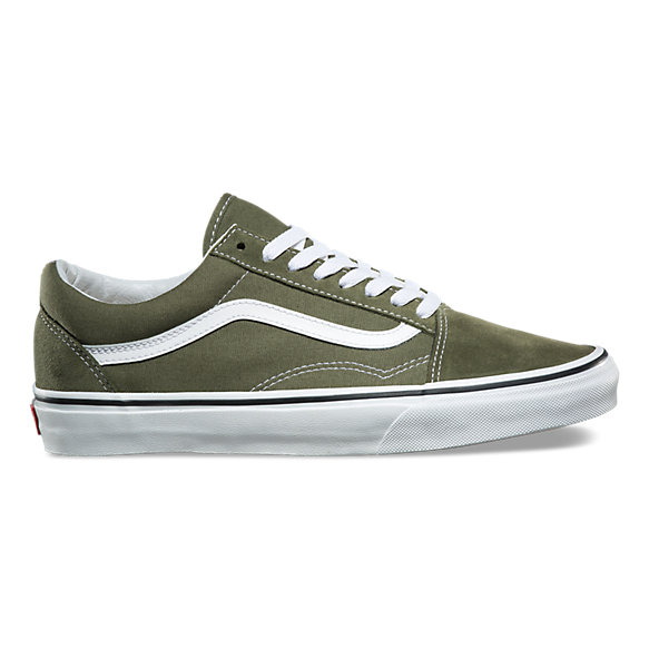 Old skool shop classic shoes at vans for Old skool house classics