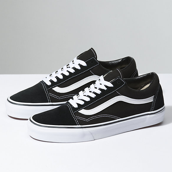 old skool vans black and white