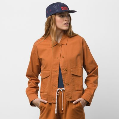The Callahan Shacket is a 100% BCI Cotton canvas long sleeve shacket with dropped shoulders, oversized pockets, and a relaxed fit. Model is 5 feet 9 inches tall and wearing a size Small.