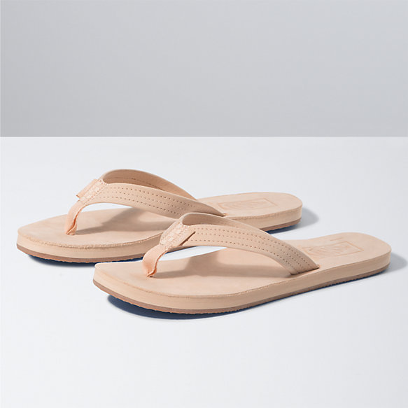 Third Point Sandal