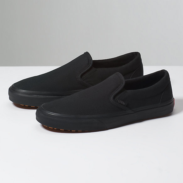vans slip on shoes black