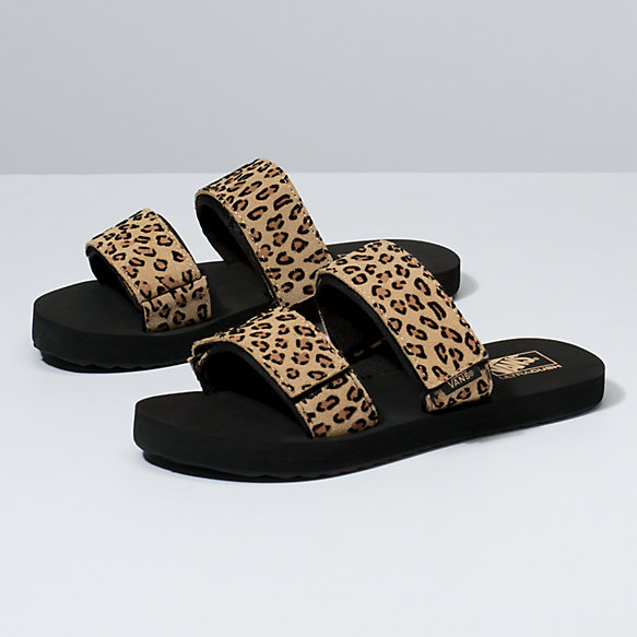 Womens Mini Leopard Cayucas Slide