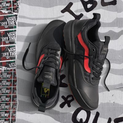 ATCQ UltraRange | Shop At Vans