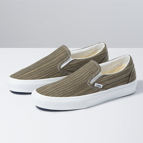 Suiting Classic Slip-On