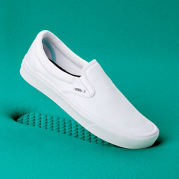 6d5e51ae40 ComfyCush Slip-On