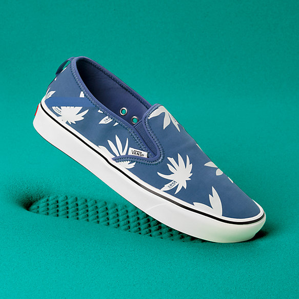 Summer Leaf ComfyCush Slip-On SF