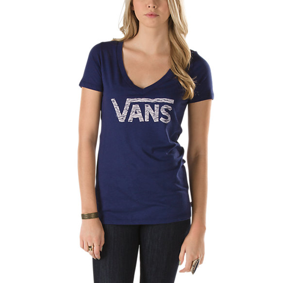 Want Waves V-Neck Tee