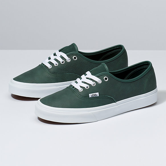 vans authentic 4 or 5 holes