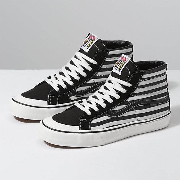 Stripes Sk8-Hi 138 SF