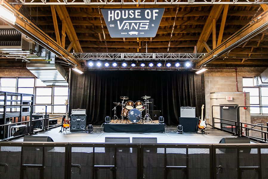 House of Vans Chicago opens up with a two-day celebration in early  February. The event kicks off with music and a photography exhibit  highlighting memorable ... 0849900c1d5