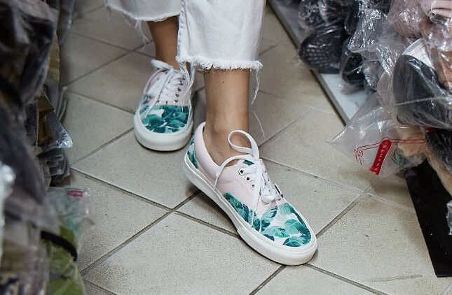 Women's Custom Shoes | Vans®