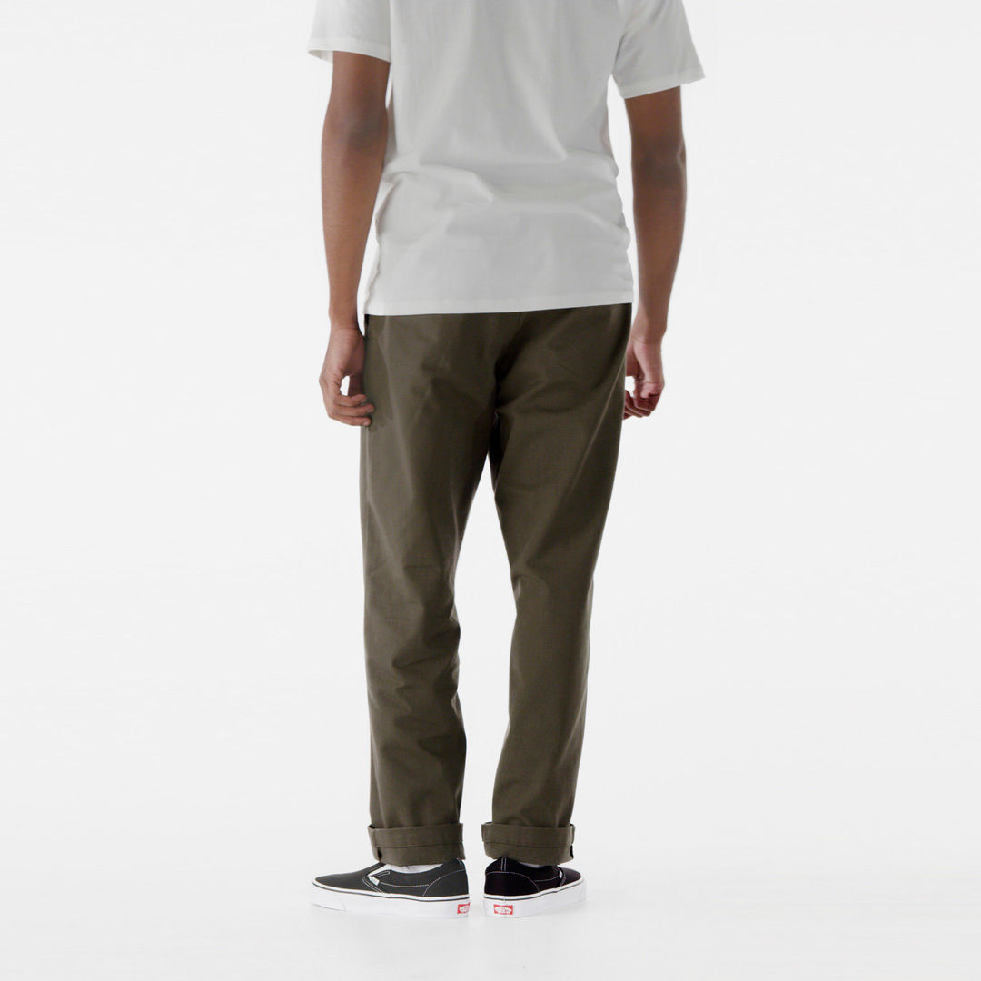 AUTHENTIC™ CHINO LOOSE