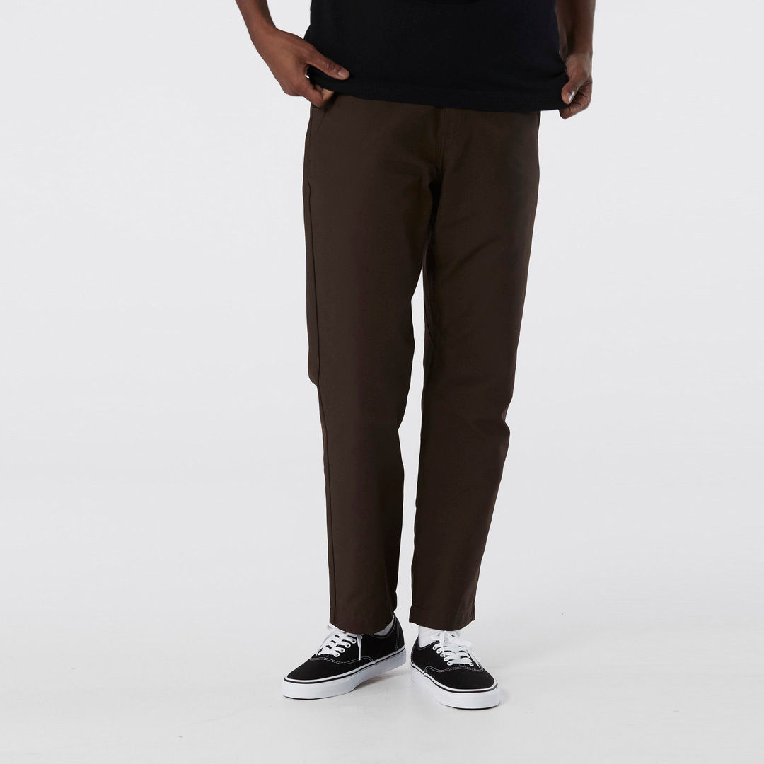 AUTHENTIC™ CHINO GLIDE RELAXED TAPERED