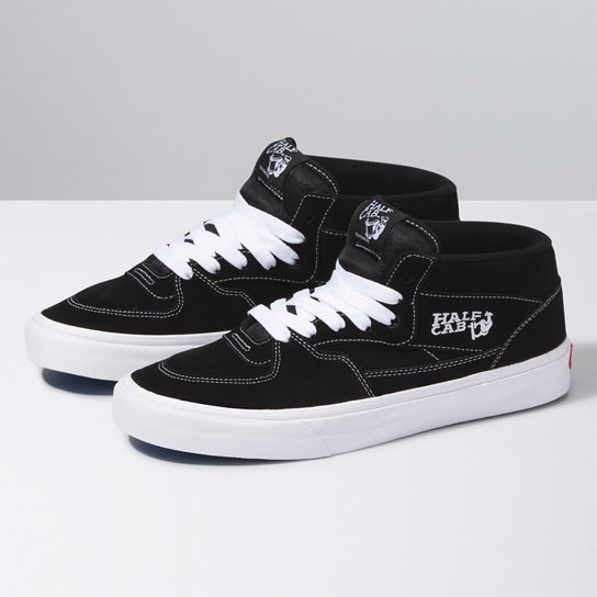 UA Half Cab Shoes | Vans