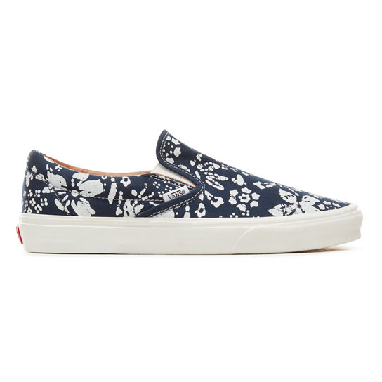 Trippin Print Classic Slip-On Shoes | Vans