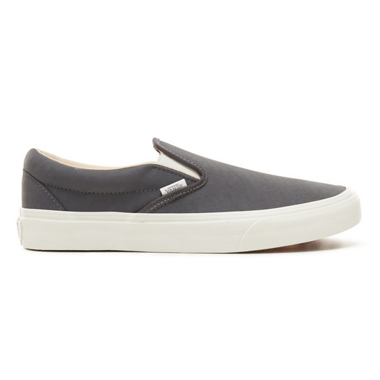 Vansbuck Classic Slip-On Shoes | Vans