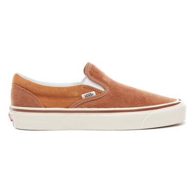 c6eaab4d49 Anaheim Factory Classic 98 Dx Shoes | Brown | Vans