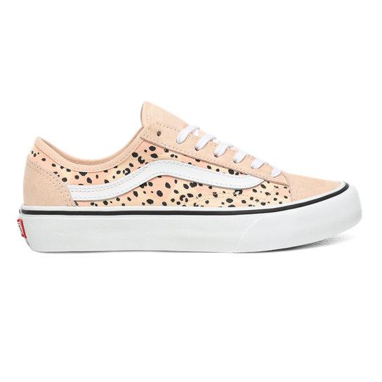 Leila Hurst Style 36 Decon Surf Shoes