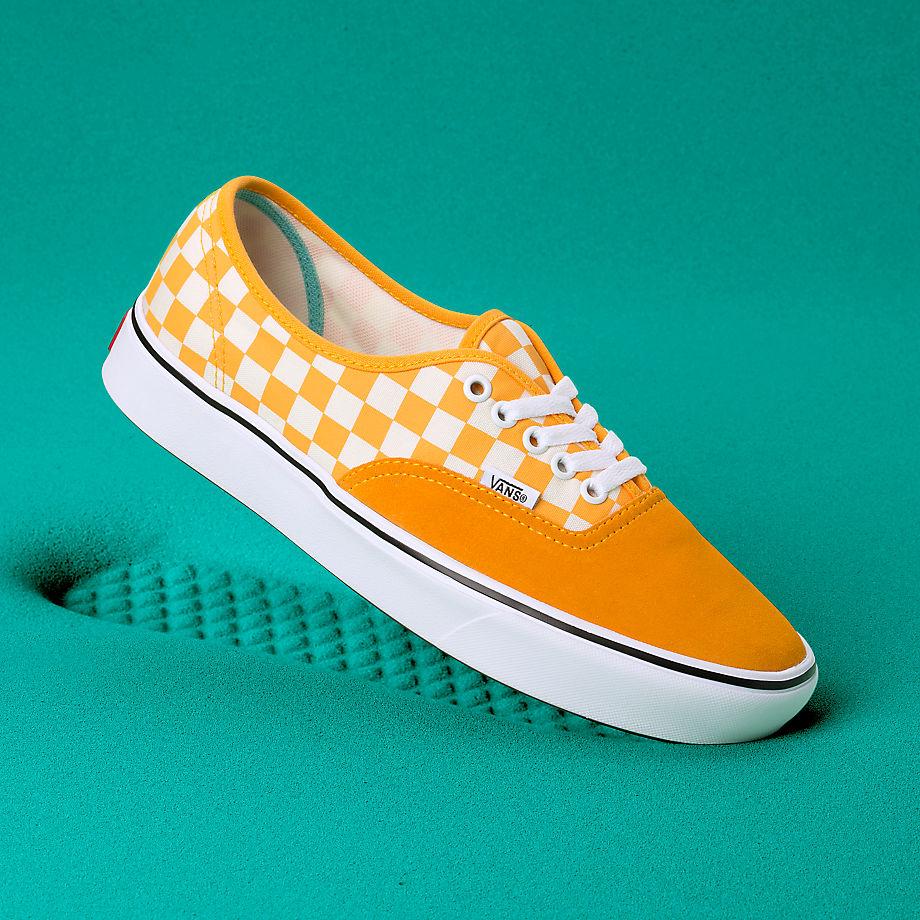 Vans Disney X Comfycush Authentic Schuhe ((disney) Multi Checkernightmare) Damen Weiß