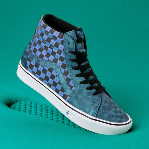 Vans+x+HARRY+POTTER%E2%84%A2+Iridescent+Comfycush+Sk8-Hi+Shoes