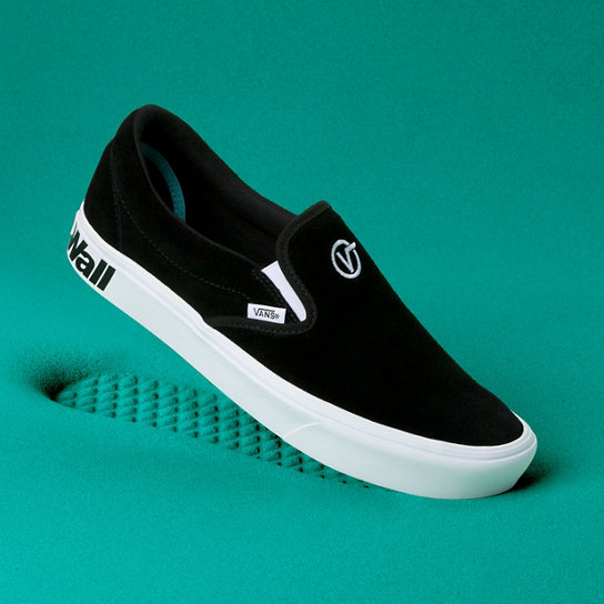 Distort Comfycush Slip-On Shoes | Vans