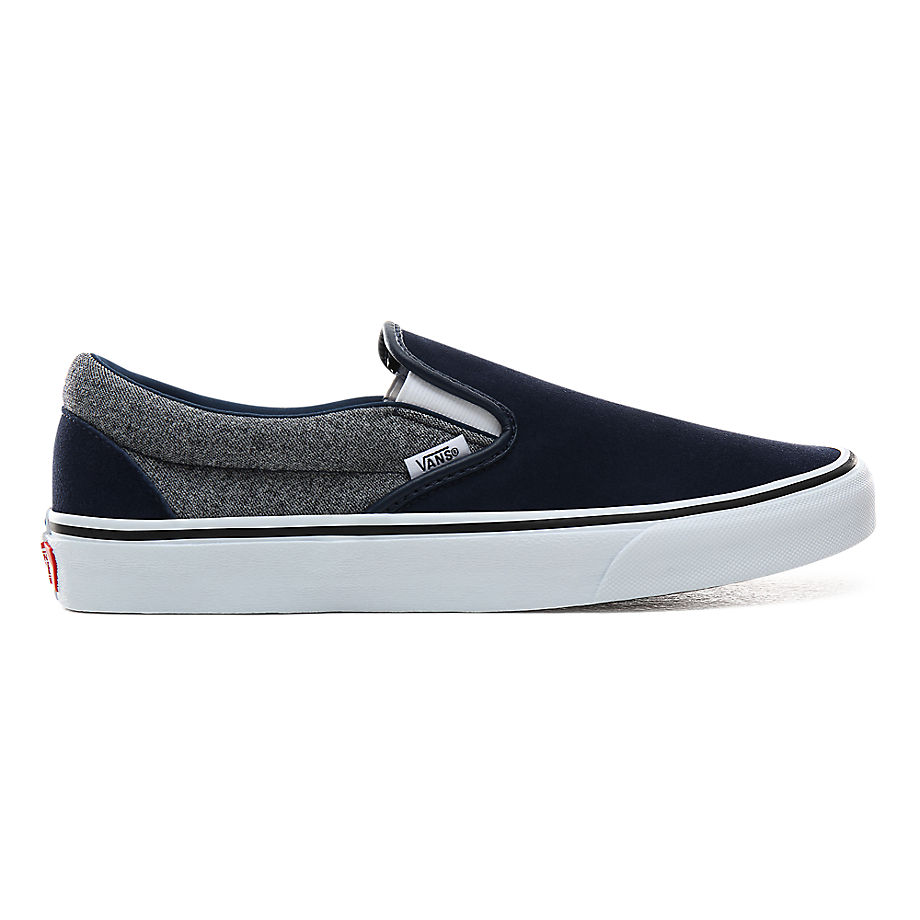 VANS Chaussures En Daim Classic Slip-on ((suede) Suiting/dress Blues) Femme Gris, Taille 34.5